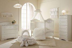 foto-cameretta-bambino-bambina-bianca-significato-colori