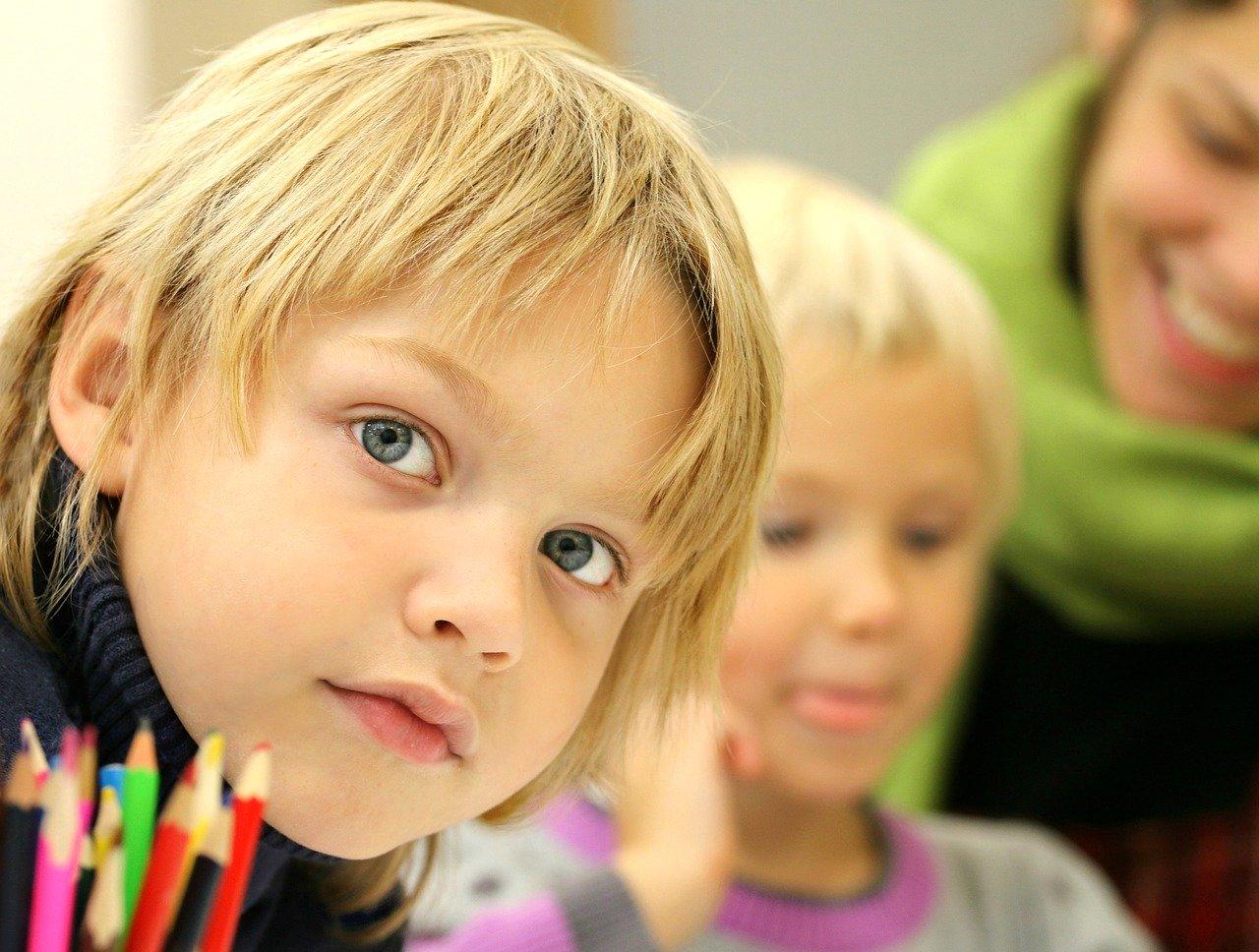 Idea per mantenere il silenzio e l'attenzione in classe