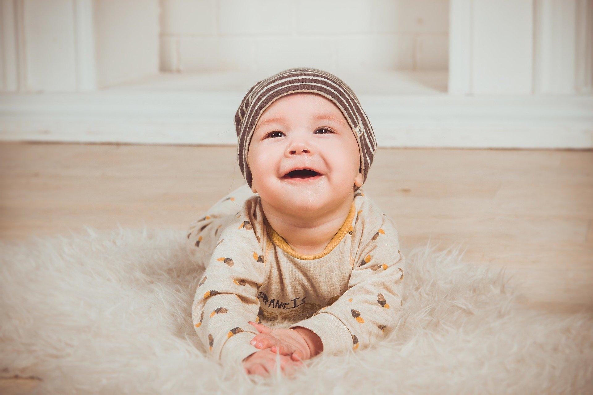Le prime parole e i primi passi del bambino