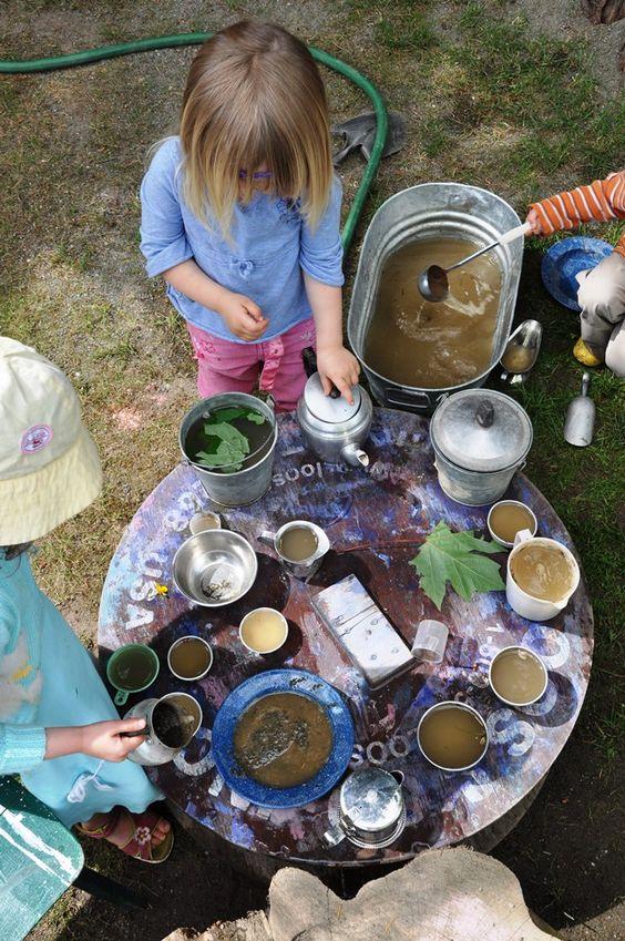 cucine di fango per riconnettere i bimbi con la natura |maestraemamma.it