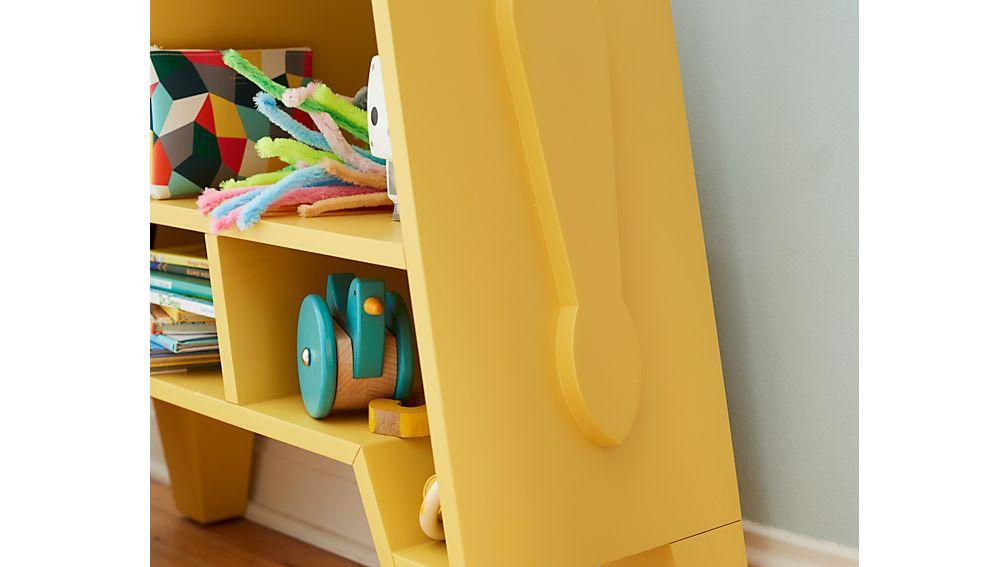 libreria bambini particolari a forma di giraffa dettagli