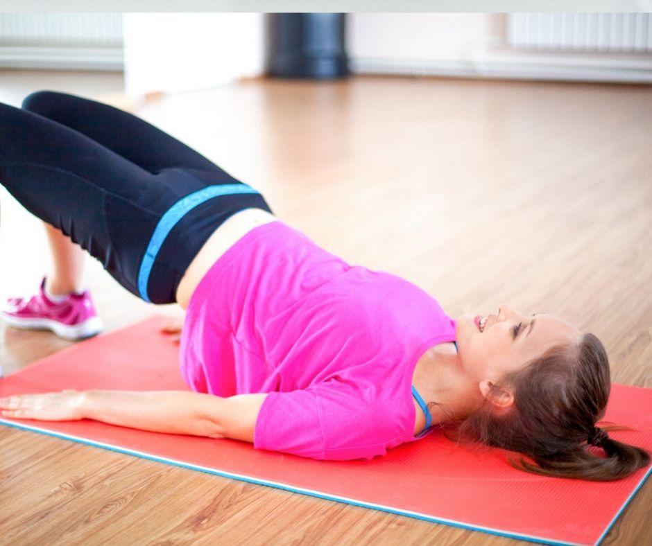 Esercizi posturali, ecco quali sono quelli che si possono fare a casa